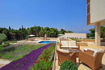 Velaris Resort, Supetar